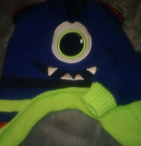 2t to 5t boys hat and gloves